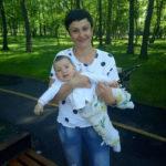 У 1,6-річної Поліни з Ірпеня рак крові: родина просить допомоги